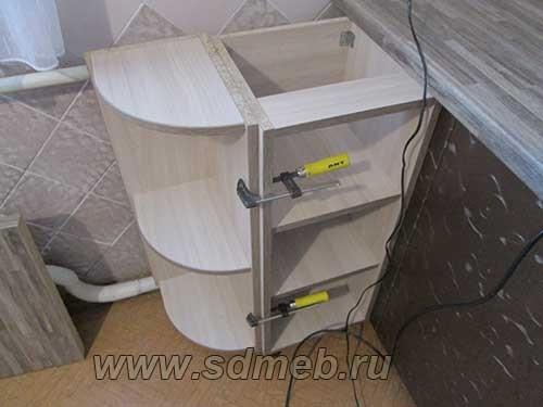 ustanovka-kuxonnogo-garnitura17