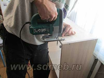 ustanovka-kuxonnogo-garnitura25