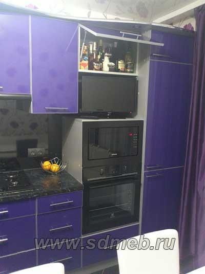 кухни со встроенным холодильником