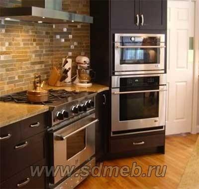 установка микроволновки на кухне