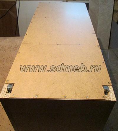 kreplenie-kuxonnyx-shkafov-k-stene10