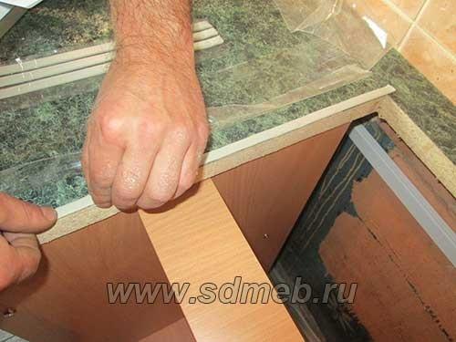 montazh-kuxni-svoimi-rukami4